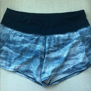 Lululemon run shorts stretch 6